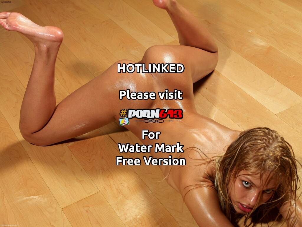 oiled-up Honey
